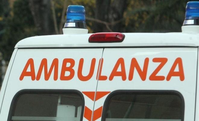 1137282641_ambulanza