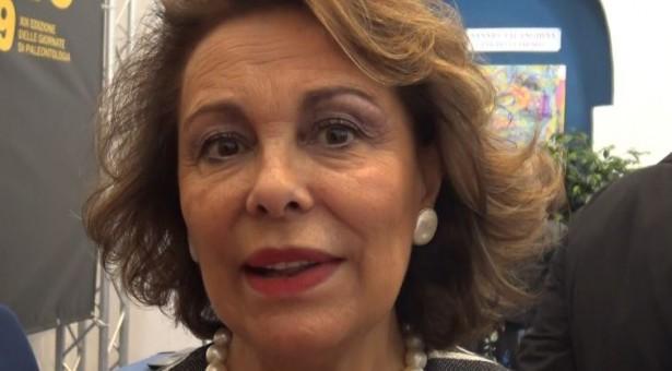 Sandra Lonardo difende il progetto casertano per il palazzo sul Terminal Bus. Sorprendente la relazione del dirigente Iadicicco al Ministero .