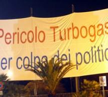 """Proteste contro la Centrale a Turbogas: denunciato il presidente di Altrabenevento per aver diffamato i politici """"a mezzo striscione"""""""